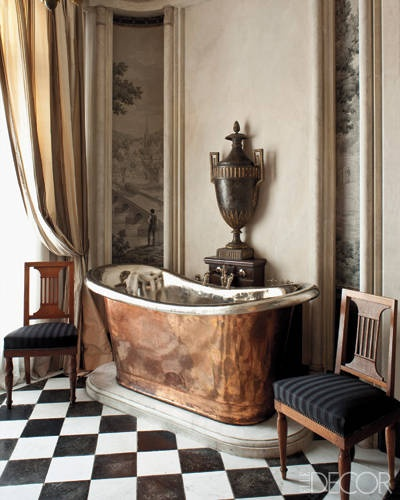 antique-copper-bathtub-Elle-Decor-Metallic-home-decor-Decembers-Color-of-the-Month-Marvelous-Metals-decorating-with-metal-gold-silver-copper-iron-mirrored-furniture
