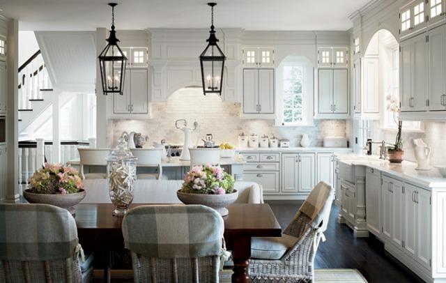 eat in kitchen arhictectrula digest alexa hampton  interior desing