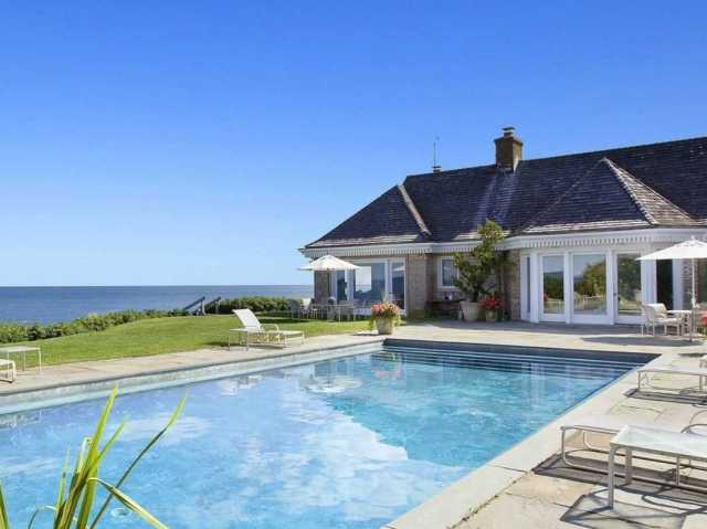 house-of-the-day-ad-mogul-jerry-della-femina-sells-hamptons-house-at-15-million-discount-blames-obama
