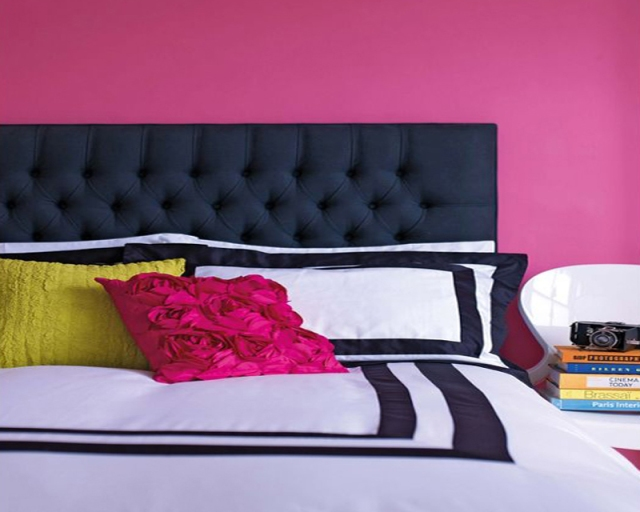 interior-bright-pink-lipstick-colored-bedroom-design-idea-bright-colored-room-idea