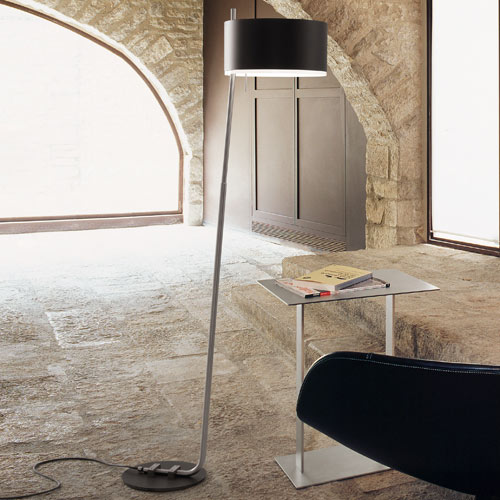 Club P floor lamp Y Lighting