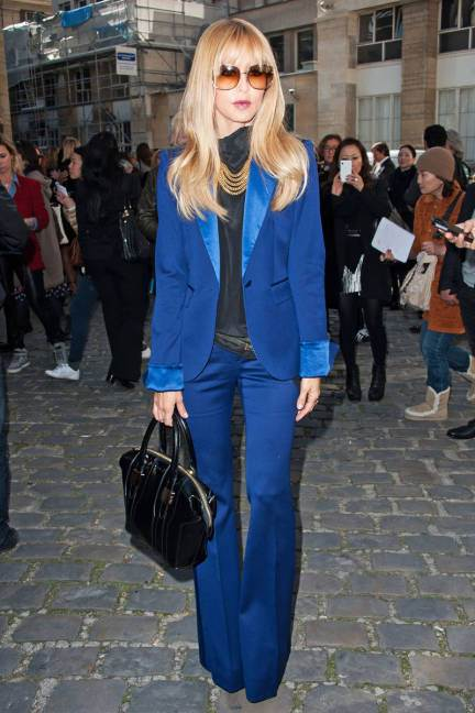 elle-01-rachel-zoe-blue-suit-paris-fashion-week-2013-xln-lgn