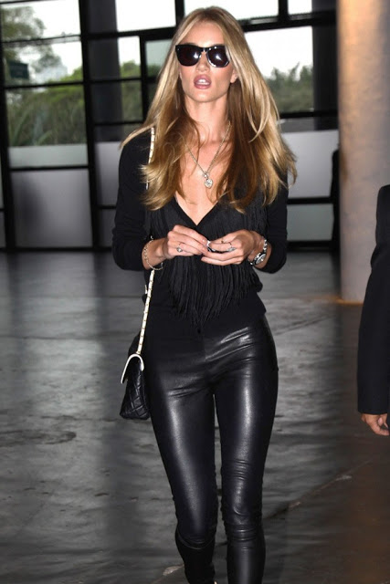 Rosie-Huntington-Whiteley-after-the-Animale-Fashion-Show-600x900